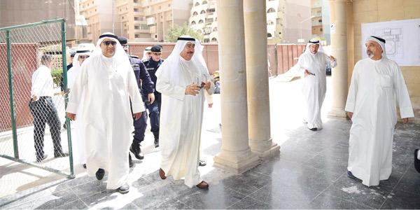 مسجد الصادق يستقبل المصلين في رمضان