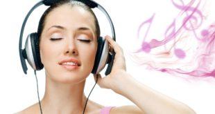 6945165-girl-listening-music-wallpaper