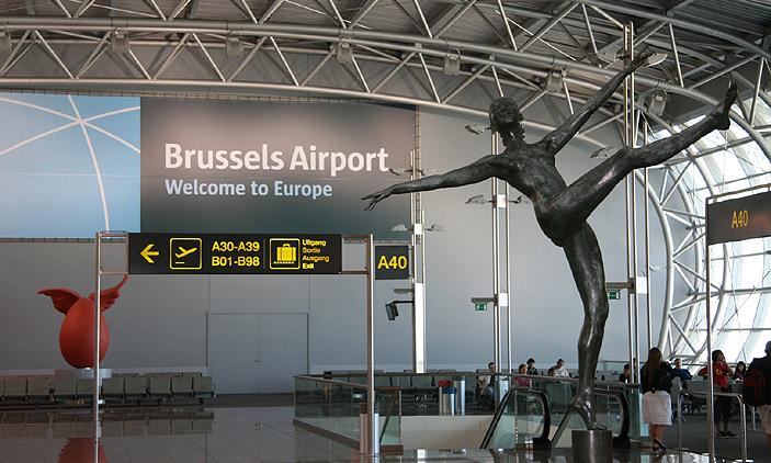 إنذارات كاذبة بوجود قنابل على متن رحلتين متوجهتين إلى مطار بروكسل