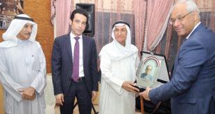 السفير المصري يكرم فاضل خلف بحضور عبدالله خلف والملحق الثقافي