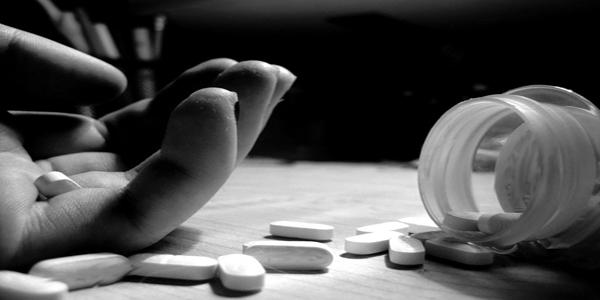 دراسة مصرية: طالبات «الطب» الأكثر عرضة للانتحار