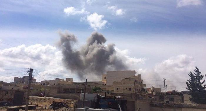 غارات لطيران النظام على مواقع المعارضة في حماة
