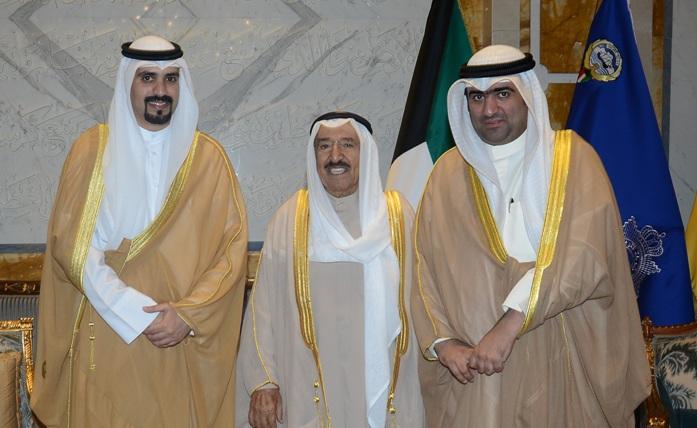 سمو الأمير يستقبل مشعل جابر الأحمد