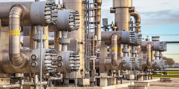 %30 تراجع عقود مشروعات النفط والغاز في الكويت - القبس الإلكتروني