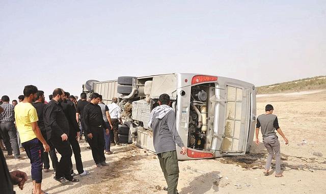 وفاة 8 وإصابة 17 كويتياً بانقلاب حافلة في العراق