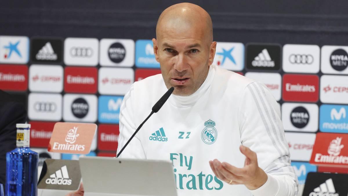 رسمياً.. زيدان يستقيل من تدريب «ريال مدريد»