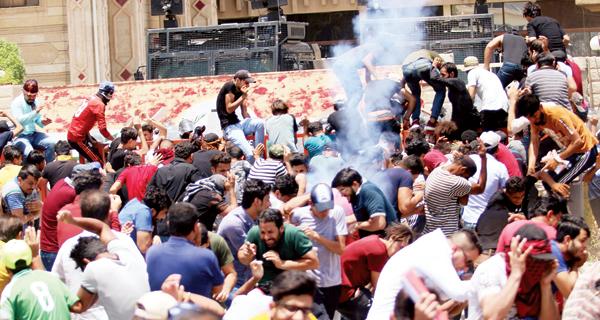بغداد : 3 قتلى.. والاحتجاجات تتواصل