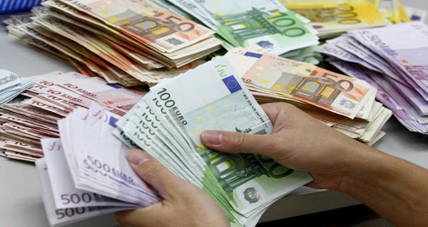 الحمائية التجارية الخطر الأكبر على «اليورو»
