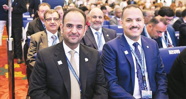 الحجرف يستعرض التعاون مع وزراء مالية