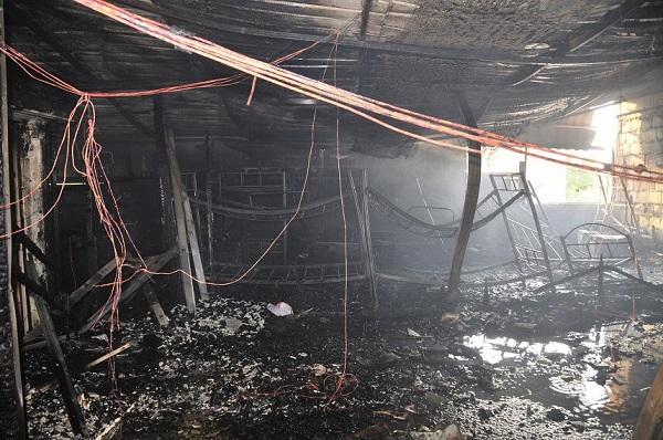فرق «الإطفاء» تسيطر على حريق منزل في الأحمدي