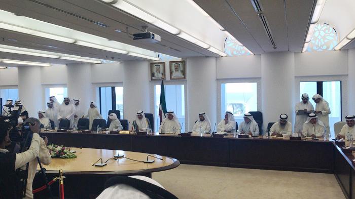 الغانم: مواطنون طلبوا تراجع وزير الأشغال عن استقالته