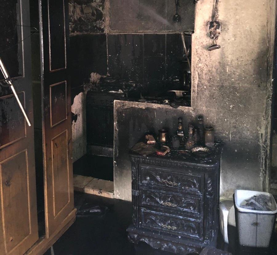 «الإطفاء»: إصابة وافد عربي بحروق متفرقة في حريق بالسالمية