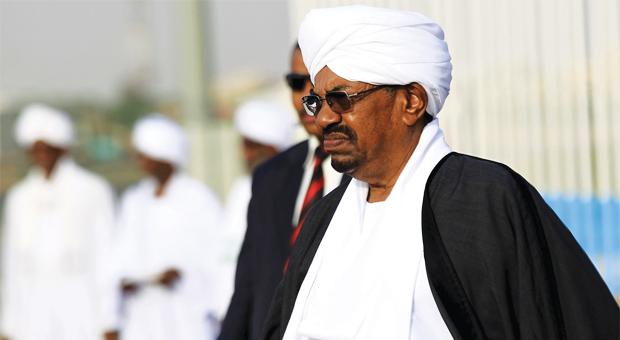 «لوموند»: السودان بين خيارين.. تغيير جذري أو حمام دم