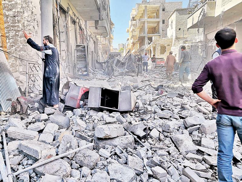 آثار الدمار نتيجة الغارات على معرة النعمان خلال شهر رمضان
